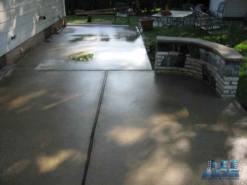 Cleaned concrete patio in Westwood, NJ