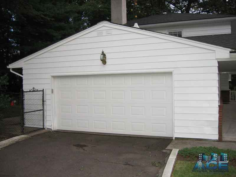 Painting House Aluminum Siding in River Vale, NJ